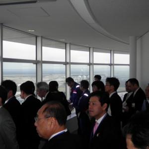 羽田空港視察。外国人旅行客を増やすための可能性を探る。